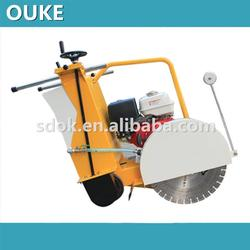Plastic Gasoline engine asphalt saw cutting machine,13HP walk behind concrete saw,concrete wire saw machine with great price