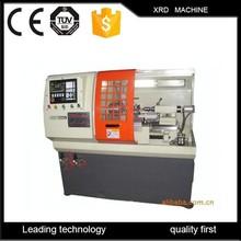 Usados / pequeña máquina de torno cnc / manía torno de metal venta