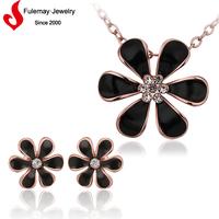 Black flower design light weight gold imitation jewellery