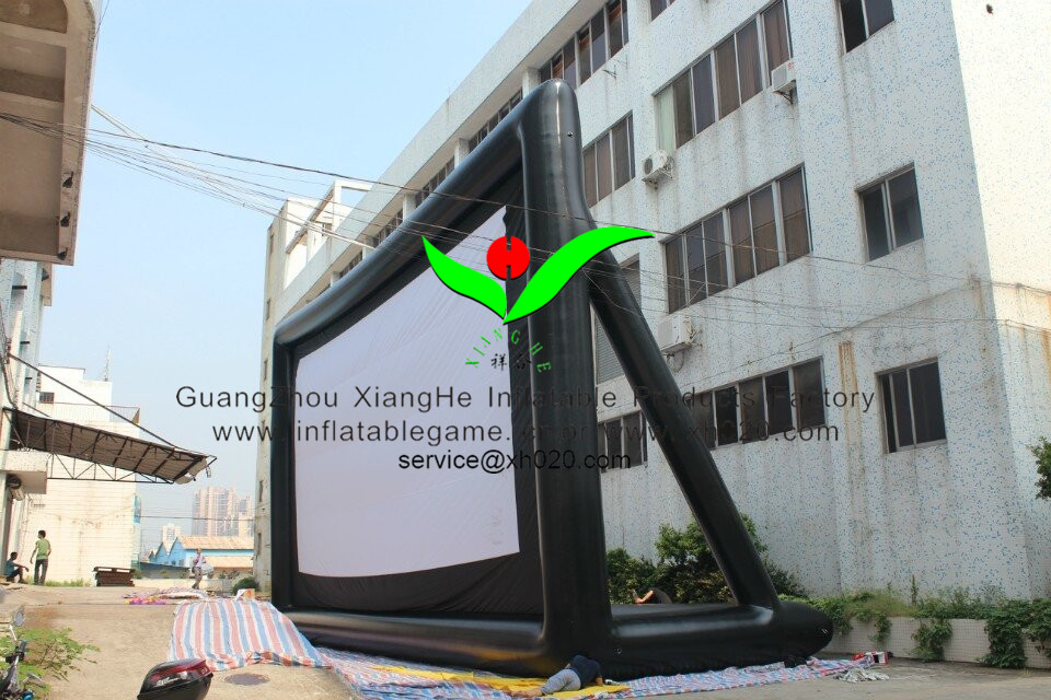 inflatable moivce out size16X9M.jpg
