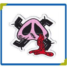 2015 Human and Animal Shape Embroidery Badge for Garments