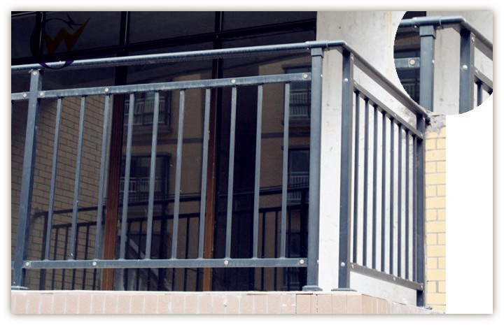 Modern decorative wrought iron balcony railing designs - Modern balcony railing design ...