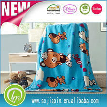 Fashionable promotional polyester teddy bear baby blanket