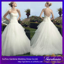 2014 Old Fashioned Ball Gown Sweetheart Lace Appliqued Bodice Low Back Court Train Puffy Organza Wedding Dress In Malaysia