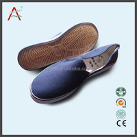 cheaper price footwear wholesale to Italy of shoes safety