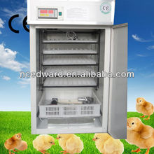 CE aprobó completamente automático con País Aves Incubadoras de alta calidad para las escotillas 440 huevos para la venta