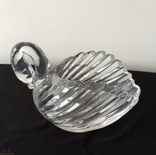 Table decoration swan glass candle holder