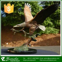 Chinese outdoor antique decorative small brass eagle statue