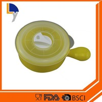 Top selling products made in China high quality plastic food container with divider