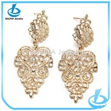 Newest ladies luxury gold earring, high end hollow alloy hanging earrings