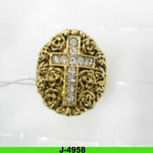 2012 hottest cheap new designs fashion alloy cross ring