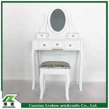 mordern dressing table with mirror and stool