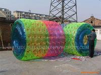 Inflatale roller, 2.8m long water walking roller D1004