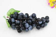 Plastic black Grapes with Leaves - 85 gains