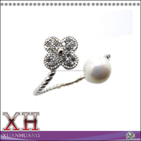 925 Sterling Silver Fresh Water Pearl and Flower Adjustable Ring
