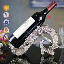 2015 New Custom Polyresin Metal Cradle Wine Holder/Moden Wine Carrier for Home Decor