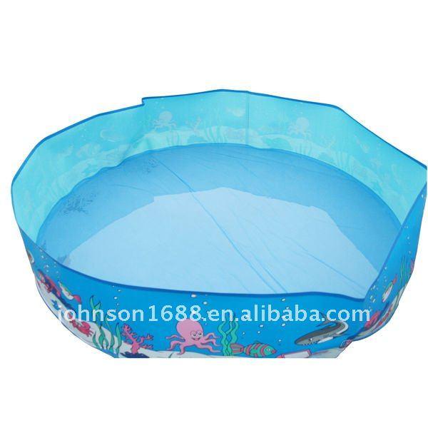 De vacaciones junto al mar de pl stico duro de la piscina for Piscinas pequenas plastico duro