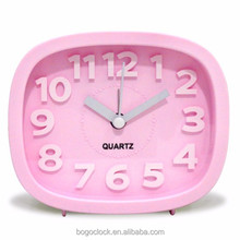 Pink alarm clock with small size and 3D number print