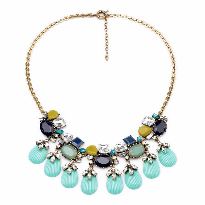 Spring and Summer Jewelry Trends. Dazzle and shine in the hottest jewelry trends for the spring and summer season. I'll admit that for the moment my jewelry collection is overflowing but yet and still I will be adding a few more items to my box.
