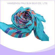 Factory direct sale hot polyester neck scarf
