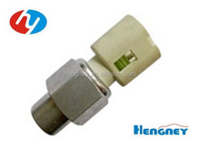 Auto Oil Pressure Switch 7700413763 7700435692 for renault