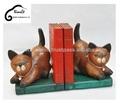 la artesanía de los gatos de madera procedentes de tailandia