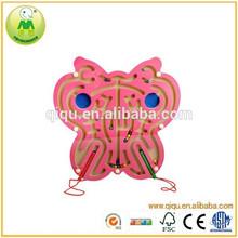 Nuevo producto forma de la mariposa laberinto de madera de juguete