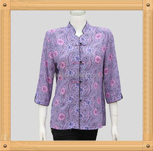 Used clothes/second hand clothing/lady T-shirt