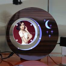 sospensione in aria levitazione magnetica photo display rack