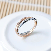 Charm design 2pcs thin circles in 1 ring, crossed circle stainless steel ring with blace and silver color