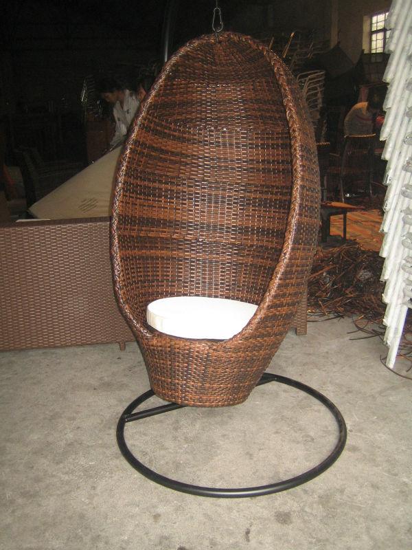 Sillas colgantes para jardin gallery of gazebo outdoor for Silla huevo colgante