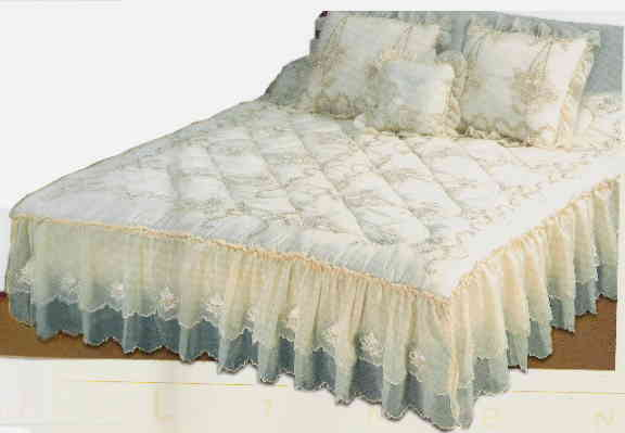 bed cover king size with 2 pillow cases and 1 cushion cvr