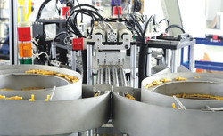 Rubber injection port Automatic Assembly Machine equipment for assembling infusion