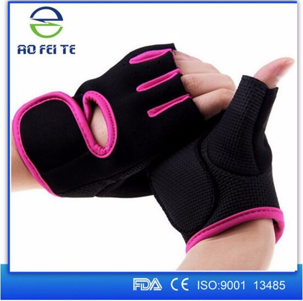 fitness gloves workout 9.jpg