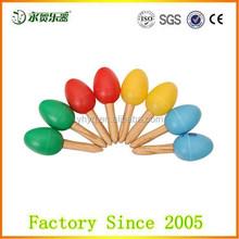 China fabricação do bebê brinquedos ovos com punho de madeira