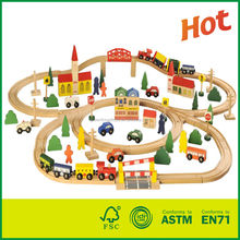 Wooden Toy 100pcs Wooden Railway Train Track Set