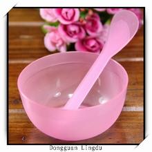Round plastic mixing bowl