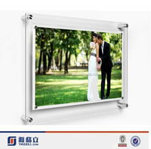Custom diy family wall mounted acrylic wedding photographs/acrylic frames photo