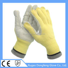 CE approved 13g palm cow split leather and aramid heat resistant gloves safety product