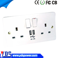 Alibaba wholesale PC materials light switches uk 146 socket with usb 13a 110-250v