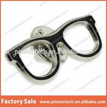 China supplier wholesale Custom Black Glasses Frames Eyeglasses Lapel Pin for decoration