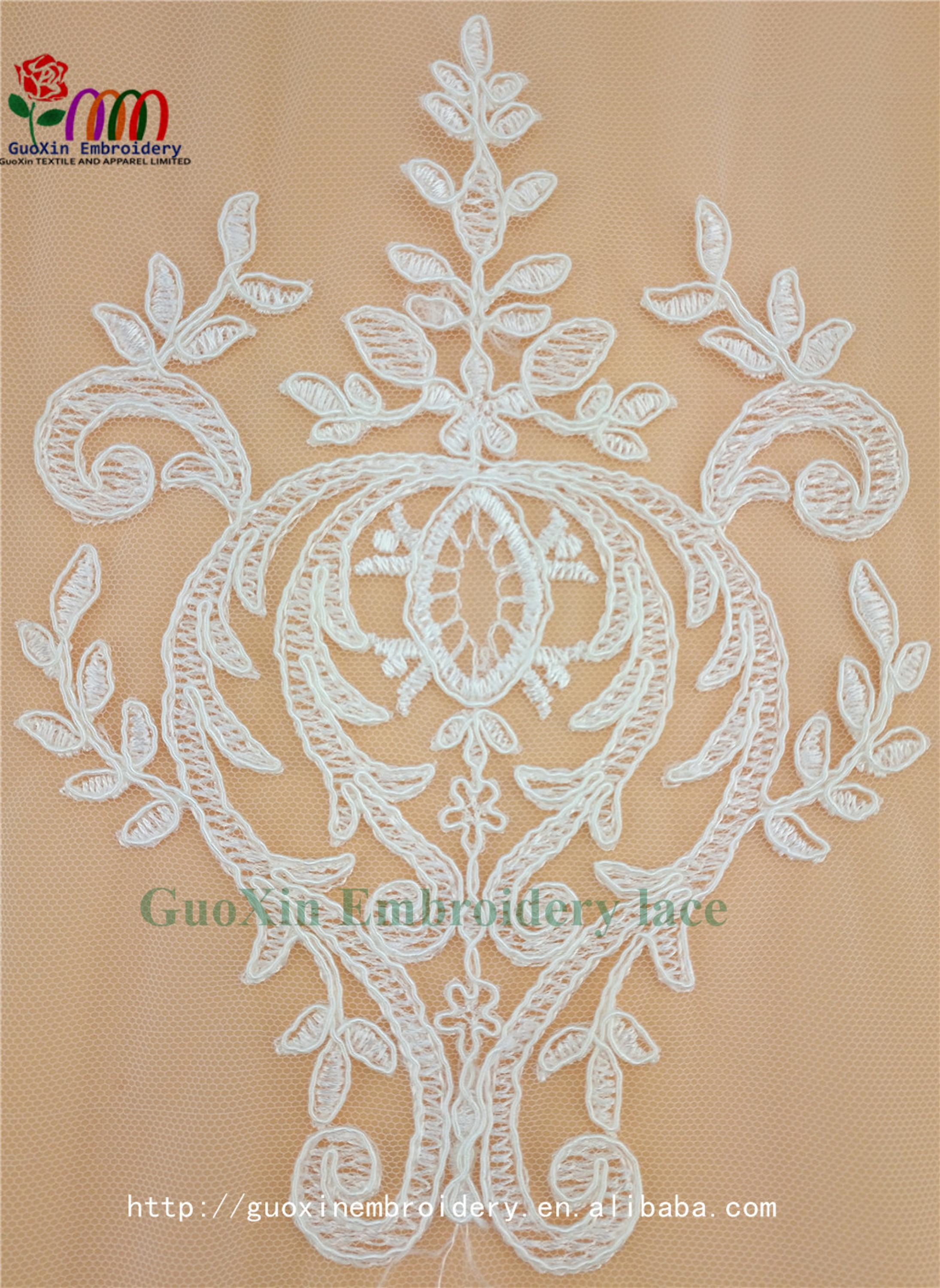 aliexpress pretty french lace embroidery lace fabric with cording (5).jpg
