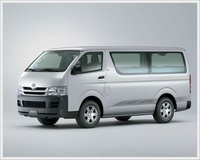 TOYOTA HIACE 15 SEATER