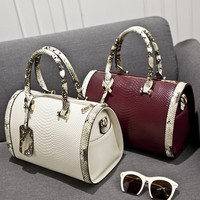 Newest Design Beautiful long strap Ladies Bag most popular Alligator Pattern hand and bag
