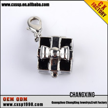 2015 Lovely Black and white special gift pendant for DIY accessories