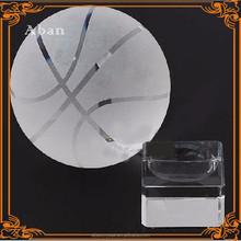 Recuerdo personalizado cristal regalos modelo de baloncesto para eventos