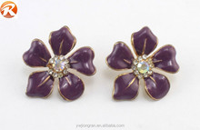 Hot saling crystal stud earrings , flower shape stud earrings for teens
