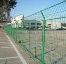 Frame-style steel wire welded fencing mesh