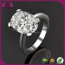 Zircon Design With Prong Setting Daimond Ring