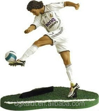 Hot sale realistic 3d plastic football player figure toy
